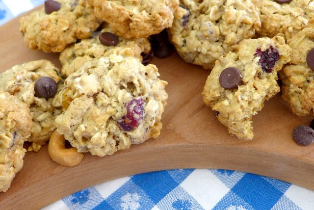 Deluxe Trail Mix Cookies